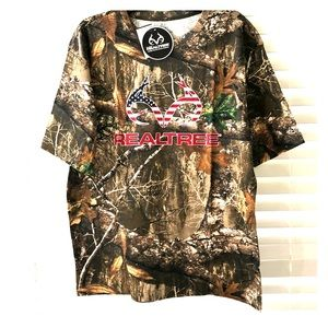 Real tree camouflage graphic tee large NWT!